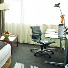 Rydges Hotel Writing desk